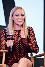 Brianne Howey at The Passage Panel at New York Comic-con 2018/10/06 4