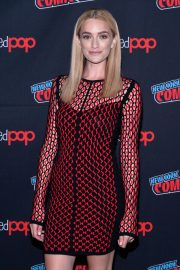 Brianne Howey at The Passage Panel at New York Comic-con 2018/10/06 5