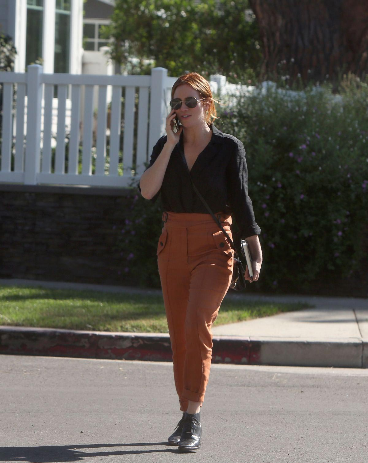 Brittany Snow Out for Lunch in Los Angeles 2018/10/24 1
