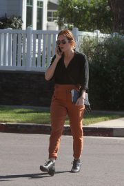 Brittany Snow Out for Lunch in Los Angeles 2018/10/24 2