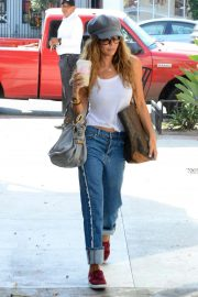 Brooke Burke Out and About in Los Angeles 2018/10/01 3