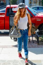 Brooke Burke Out and About in Los Angeles 2018/10/01 4