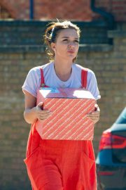 Candice Brown Out Shopping in Essex 2018/09/28 6