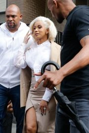 Cardi B Out and About in New York 2018/10/01 1