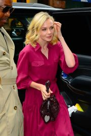 Carey Mulligan Out and About in New York 2018/10/15 2