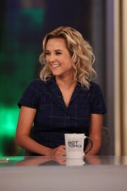 Charlotte Pence at The View 2018/10/16 3