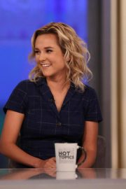 Charlotte Pence at The View 2018/10/16 5