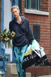 Claire Danes Out Shopping in New York 2018/10/01 1