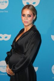 Claire Holt at UNICEF Masquerade Ball in Los Angeles 2018/10/25 3