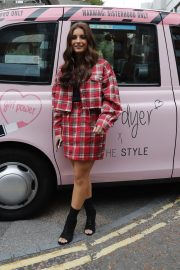 Dani Dyer Launches Her Own Brand in London 2018/10/03 9