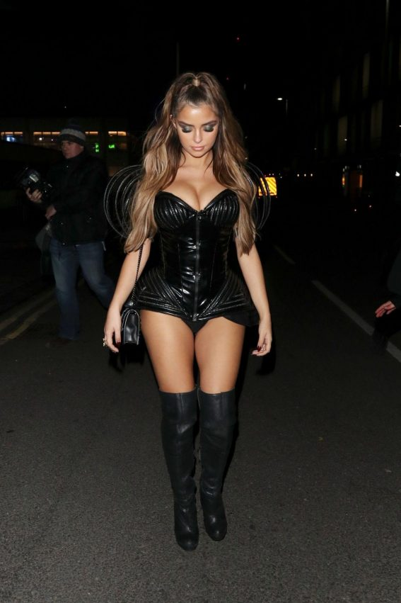 Demi Rose Arrives at Kiss Haunted House Party in London 2018/10/26 1