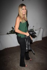 Denise Richards at Vibrato Grill Jazz in Los Angeles 2018/10/12 4