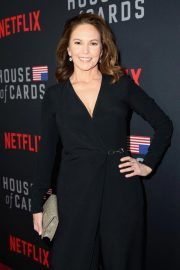 Diane Lane at House of Cards Season 6 Premiere in Los Angeles 2018/10/22 6