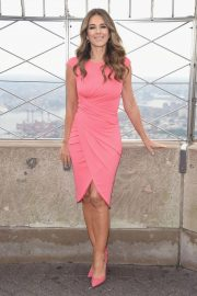 Elizabeth Hurley at Empire State Building in Honor of Estee Lauder's 2018 Breast Cancer Campaign 2018/10/01 7