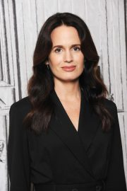 Elizabeth Reaser at Build Series in New York 2018/10/05 3