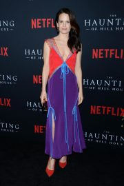Elizabeth Reaser at The Haunting of Hill House Premiere in Los Angeles 2018/10/08 4