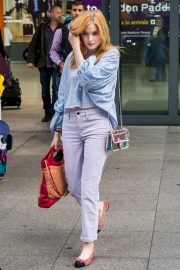 Ellie Bamber at Heathrow Airport in London 2018/10/17 4
