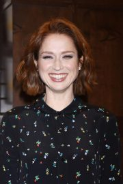 Ellie Kemper at My Squirrel Days Booksiging at Barnes and Noble at The Grove 2018/10/10 5
