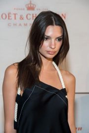 Emily Ratajkowski at Moet & Chandon and Virgil Abloh New Bottle Collaboration Launch in New York 2018/10/16 5