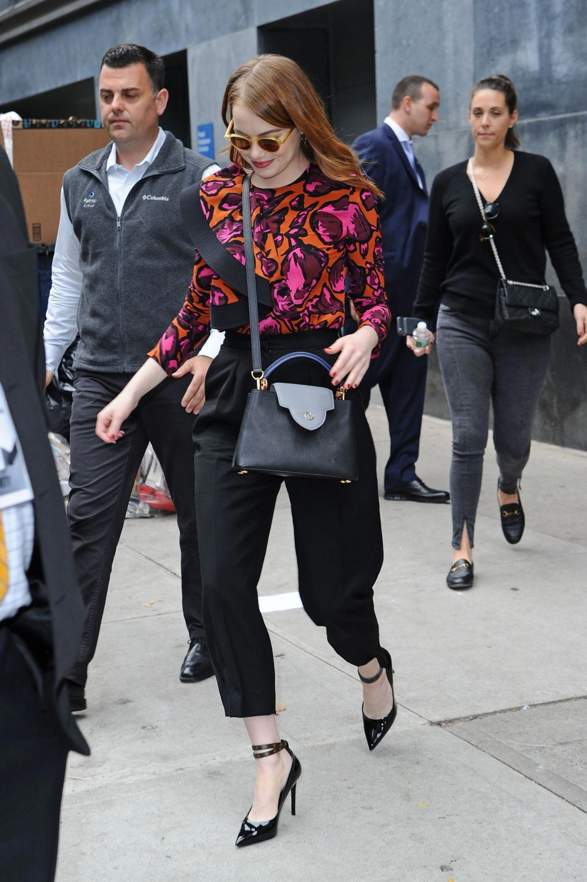 Emma Stone leaves Great Minds Think Unalike in New York 2018/10/01 1