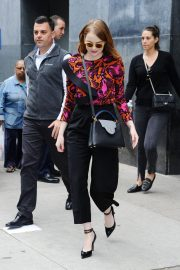 Emma Stone leaves Great Minds Think Unalike in New York 2018/10/01 2