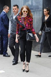 Emma Stone leaves Great Minds Think Unalike in New York 2018/10/01 4