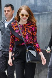 Emma Stone leaves Great Minds Think Unalike in New York 2018/10/01 7