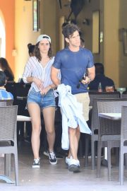 Emma Watson and Brendan Wallace on Vacation in Mexico 2018/10/13 9
