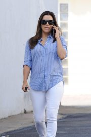 Eva Longoria Out and About in Brentwood 2018/10/25 10