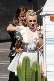 Evanna Lynch in Costume Arrives at a Dance Studio in Los Angeles 2018/10/01 1