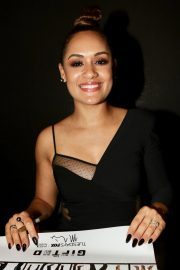 Grace Byers at The Gifted Panel at New York Comic-con 2018/10/07 3