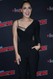 Grace Byers at The Gifted Panel at New York Comic-con 2018/10/07 8