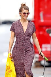 Helena Christensen Out with Her Dog in New York 2018/10/03 5