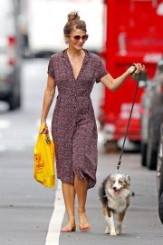 Helena Christensen Out with Her Dog in New York 2018/10/03 7