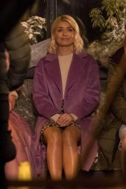 Holly Willoughby at Marks & Spencer Christmas Advert in London 2018/10/13 6