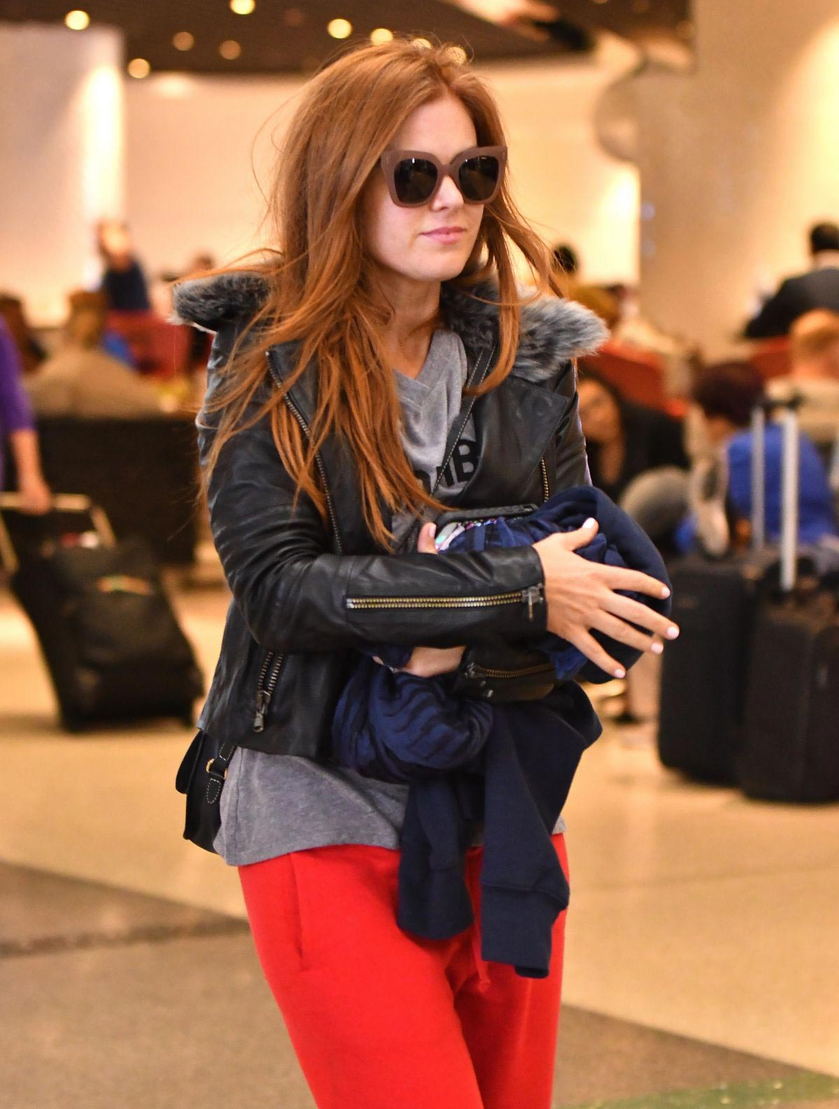Isla Fisher at LAX Airport in Los Angeles 2018/09/28 1