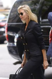 Ivanka Trump Arrives at a Meeting in New York 2018/10/17 5