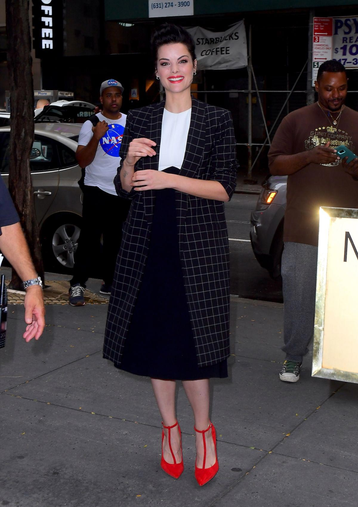 Jaimie Alexander Arrives at Today Show in New York 2018/10/11 1