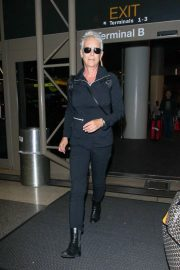 Jamie Lee Curtis at LAX Airport in Los Angeles 2018/10/21 3