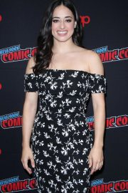 Jeanine Mason at Roswell, New Mexico Panel at New York Comic-con 2018/10/06 3