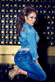 Jennifer Lopez for GUESS Spring 2018 Campaign 8