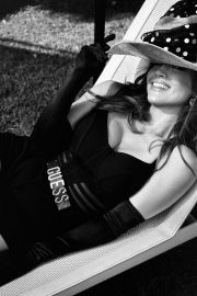 Jennifer Lopez for GUESS Spring 2018 Campaign 29