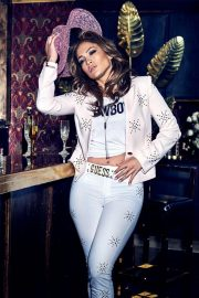 Jennifer Lopez for GUESS Spring 2018 Campaign 31