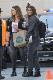 Jessica Alba and Gabrielle Union on the Set of L.A.'s Finest in Los Angeles 2018/10/25 2