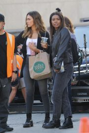 Jessica Alba and Gabrielle Union on the Set of L.A.'s Finest in Los Angeles 2018/10/25 10