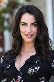 Jessica Lowndes on the Set of Home & Family at Universal Studios 2018/10/24 1