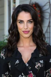 Jessica Lowndes on the Set of Home & Family at Universal Studios 2018/10/24 4