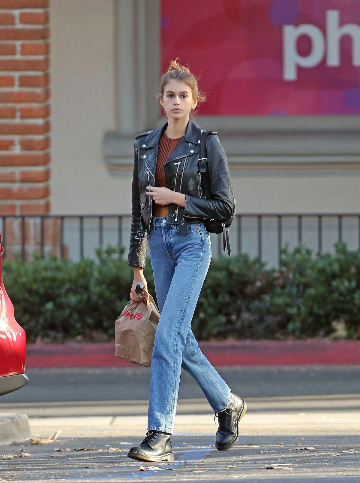 Kaia Gerber in Denim Out and About in Los Angeles 2018/10/07 1