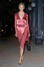 Karlie Kloss Night Out in New York 2018/10/16 7