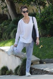 Kate Beckinsale Heading to a Gym in Los Angeles 2018/10/07 6